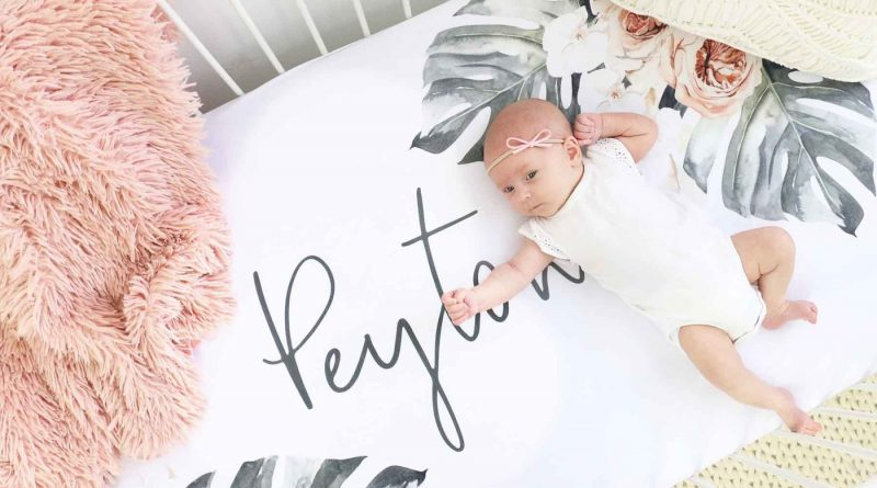 How to purchase the crib sheets for your baby?