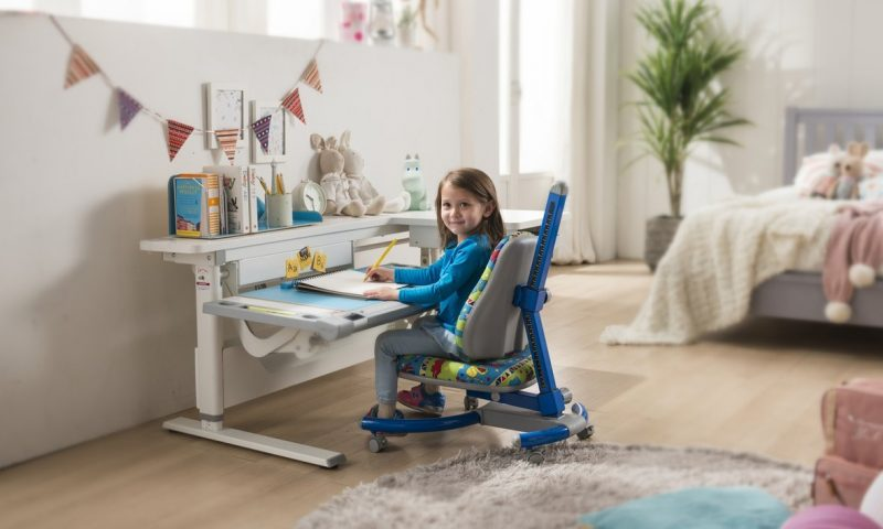 Choose ergonomic furniture for your children